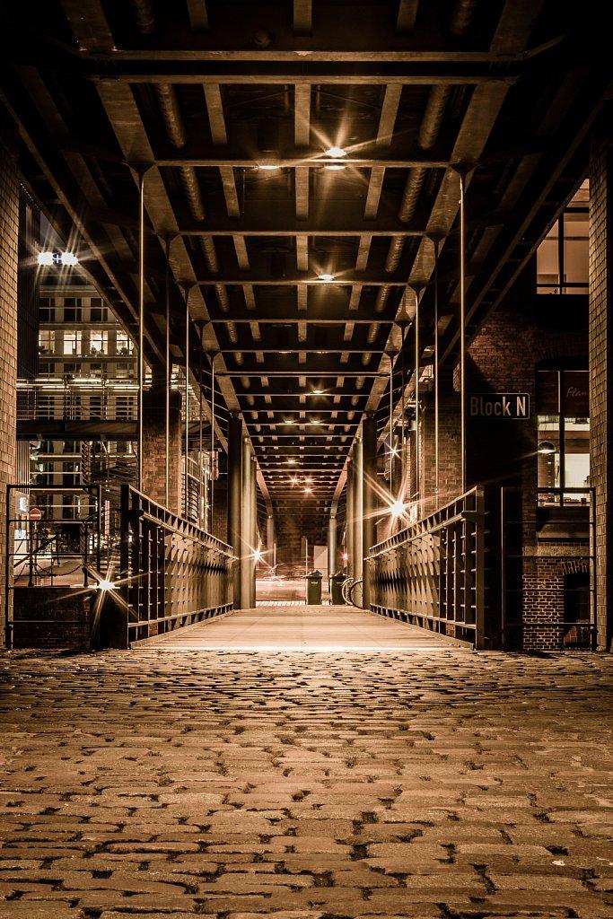 Fußgängerbrücke in der Speicherstadt II